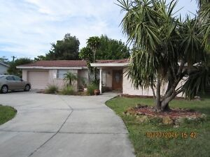 single family home for vacation rental in Sarasota, FL