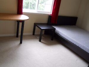 Beautiful bedroom in Laurelwood ($200 discount)