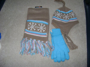 WINTER HATS, MITTS AND SCARVES