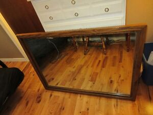 Sturdy Mirror, solid oak, made in Quebec