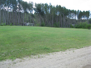 37,000 square foot  building lot in village of Otter Lake Quebec