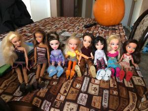 Barbies, bratz, m'y scène et plus