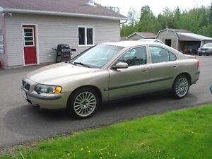 2004 Volvo S60 Sedan