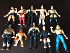 20 WWE WRESTLING ACTION FIGURES, LJN, VINTAGE