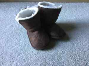 BRAND NEW BABY BOOTIES - SIze 3-6M