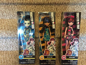 New! Monster high Frankie stein,Cleo de Nile or Draculaura dolls Kitchener / Waterloo Kitchener Area image 1
