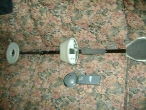 BOUNTY HUNTER 2 METAL DETECTOR & HAND HELD