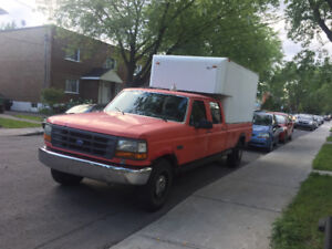 Ford F-450 XL Cube. 6 passagers