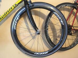 ZIPP 303 Carbon Front Wheel