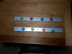 Wall mount bar with magnets
