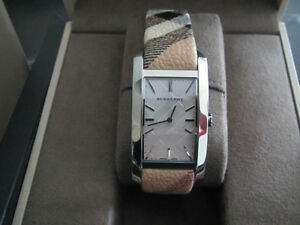 Ladies Burberry Watch: REDUCED