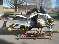 2009 MXZ 600 ETEC 'X' PACKAGE SPRING ORDER IN MINT CONDITION