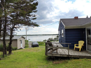 Oceanfront home/cottage close to Halifax