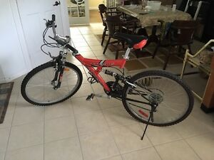 Supercycle Xti-21Ds mountain bike with shock