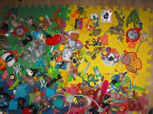 Box full of small toys over 30 pounds in box Cambridge Kitchener Area image 7
