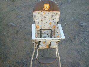 highchair Belleville Belleville Area image 1