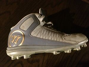 Warrior Sports Cleats Size 5.5 youth