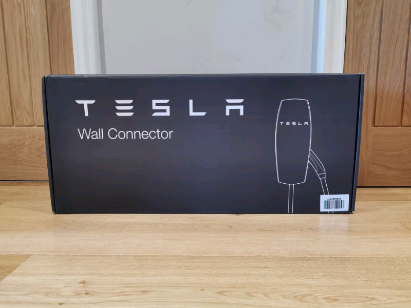 TESLA WALL CHARGER - SIGNATURE EDITION / LONG CABLE | in Clitheroe,  Lancashire | Gumtree