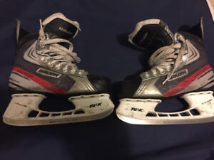 Junior Hockey Skates – Bauer Vapor X1.0 - Size 5