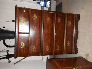 5 drawers wooden wardrobe for sale