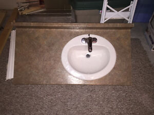 COUNTERTOP AND BATHROOM SINK