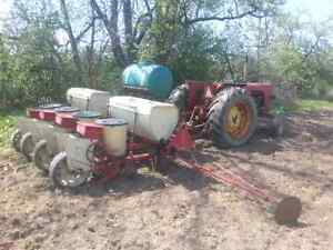 International 56 4 Row Corn Planter