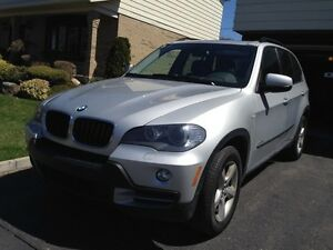 bmw x5 2010 silver with 4 winter tires (fully equiped)