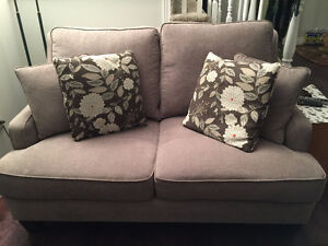 Love seat - one year old with 4 cushions