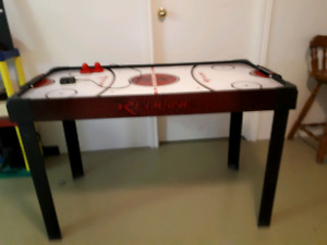 Table Air hockey et But