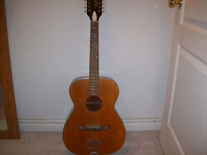 VINTAGE  12  STRING ACOUSTIC GUITAR  ( HARMONY )