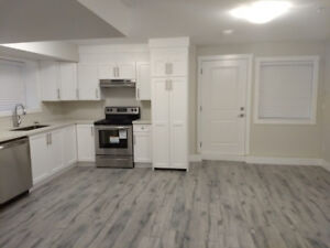1-Bedroom Bachelor Suite in Willoughby (Available Nov 1)