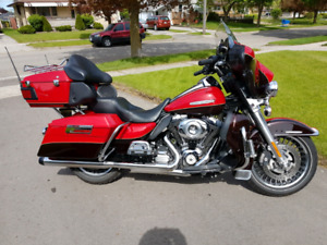 2011 harley ultra limited. Reduced.