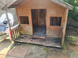 Kids play house hut for free