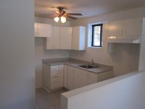 Hautes Plaines..Tranquille   Very clean and quiet Gatineau Ottawa / Gatineau Area image 3