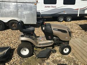 2008 Craftsman 22.0 HP Lawn Tractor with grass catcher accessory