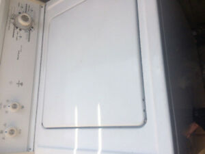 Washer dryer good work condition delivery available