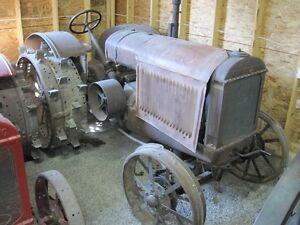 1927 McCORMICK DEERING 15-30 Antique Tractor