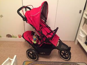 **Poussette double rouge Phil & Ted red double stroller**