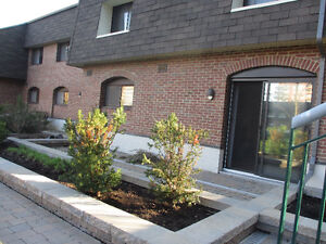Big Townhouse 5 1/2 (3BDR) for 1st July in Pointe-Claire