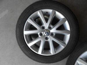4x Michelin Primacy MXM4 Touring tires (205/55/16) with Alloys