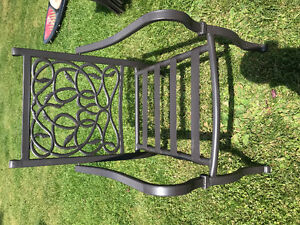 lightly used patio furniture