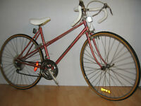 """LEADER EXCELLENCE VINTAGE ROUES 27 1/4 """""""