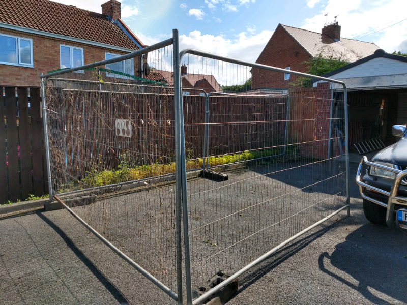 Builders Security Fencing In Sunderland Tyne And Wear