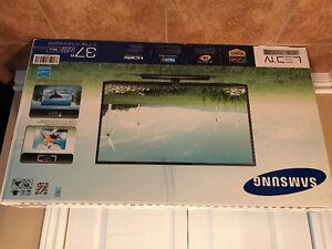 "Samsung 37"" LED TV"