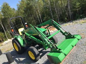 John Deere Tractor - 4310 - 31 HP Tractor & Loader