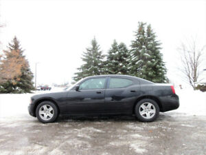 """2007 Dodge Charger SXT w/ WOW Just 106K!! 4 NEW 17"""" SNOW TIRES!!"""