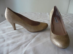 LOTS OF SHOES SIZE 8 / 8.5