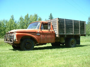 1965 Ford F-350 1 ton