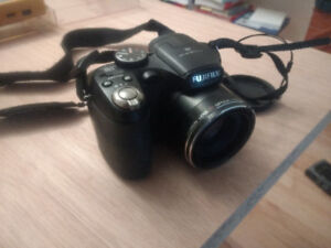 Camera Fujifilm 12MP finepix S