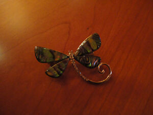 BUTTERFLY PEARL SHELL BROOCHE